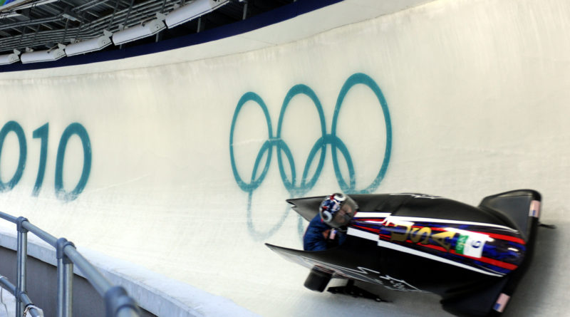 USA_I_in_heat_1_of_2_man_bobsleigh_at_2010_Winter_Olympics_2010-02-20